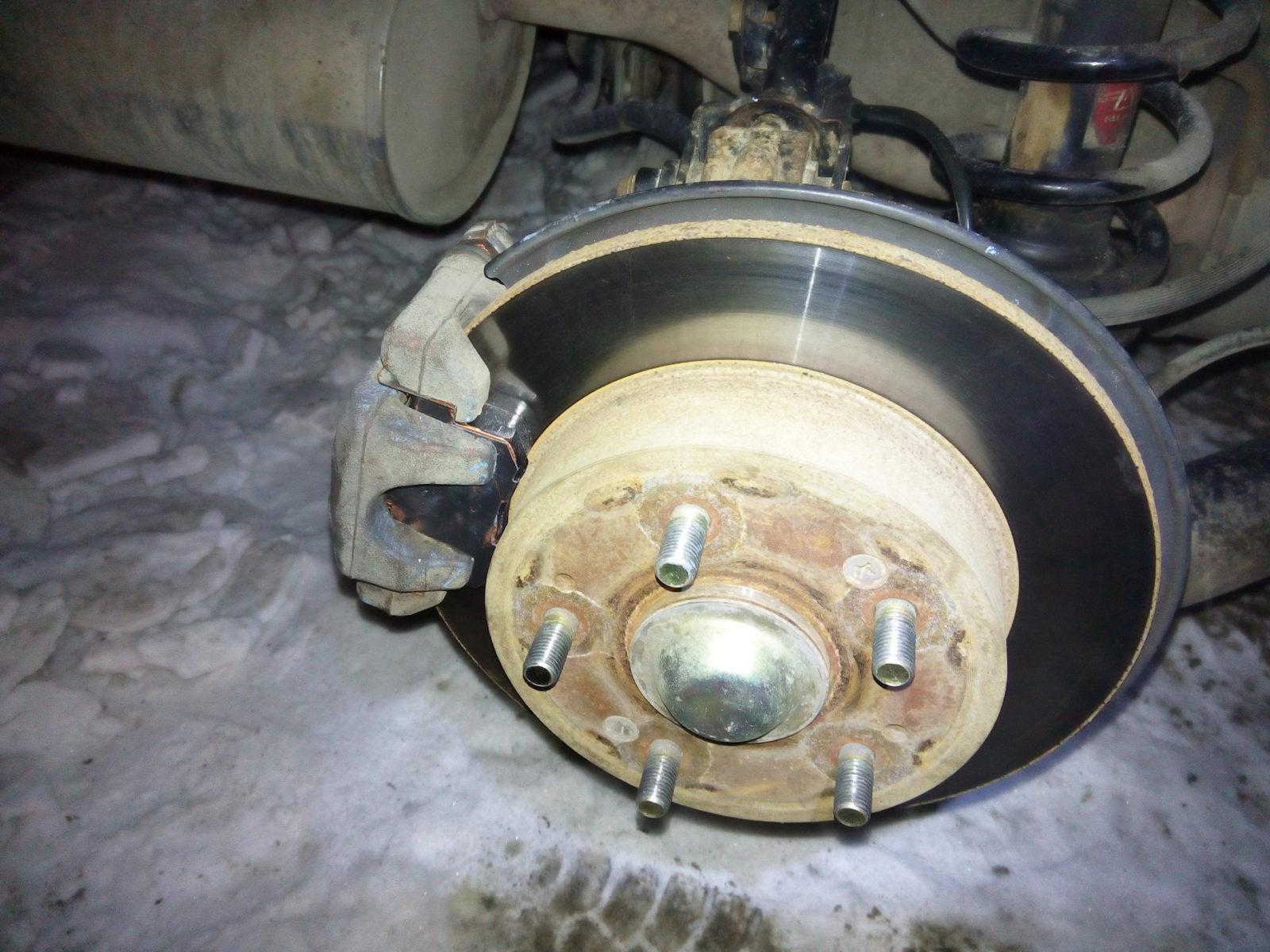 замена тормозных колодок хонда цивик спб